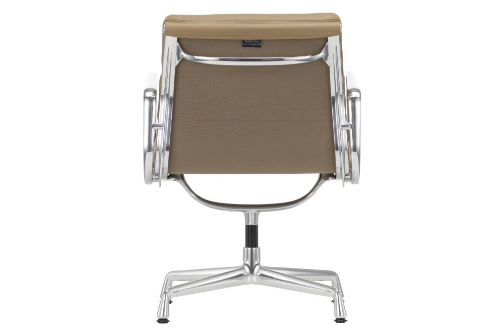https://res.cloudinary.com/clippings/image/upload/t_big/dpr_auto,f_auto,w_auto/v1564746955/products/ea-208-soft-pad-meeting-chair-swivel-with-armrests-vitra-charles-ray-eames-clippings-11276973.jpg