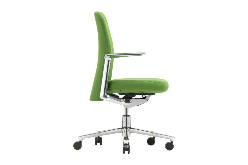 https://res.cloudinary.com/clippings/image/upload/t_big/dpr_auto,f_auto,w_auto/v1565016804/products/pacific-meeting-chair-with-low-backrest-and-height-adjustable-armrests-vitra-edward-barber-jay-osgerby-clippings-11277850.jpg