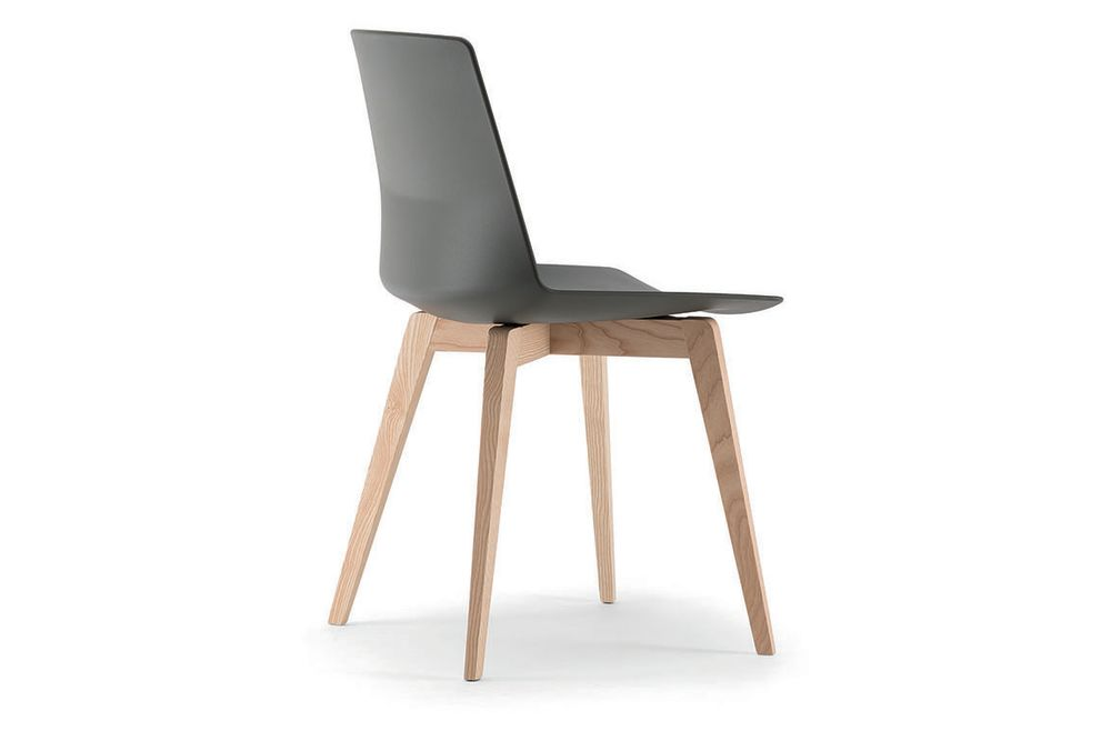 https://res.cloudinary.com/clippings/image/upload/t_big/dpr_auto,f_auto,w_auto/v1565070245/products/clue-chair-with-wooden-base-non-upholstered-set-of-2-quadrifoglio-dorigo-design-clippings-11278435.jpg