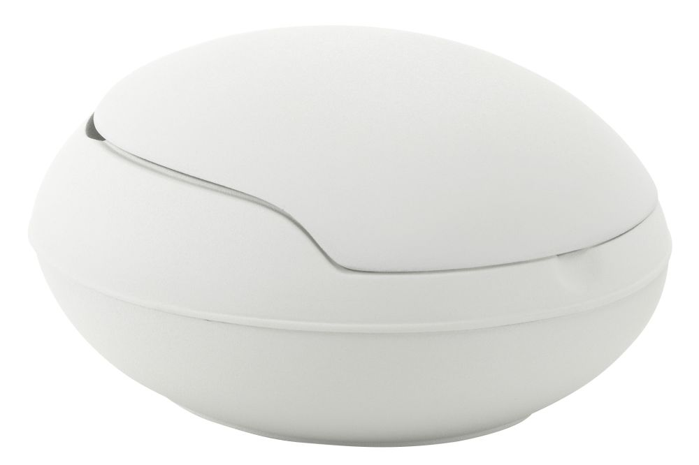 https://res.cloudinary.com/clippings/image/upload/t_big/dpr_auto,f_auto,w_auto/v1565083103/products/miniature-garden-egg-vitra-ghyczy-clippings-11278665.jpg
