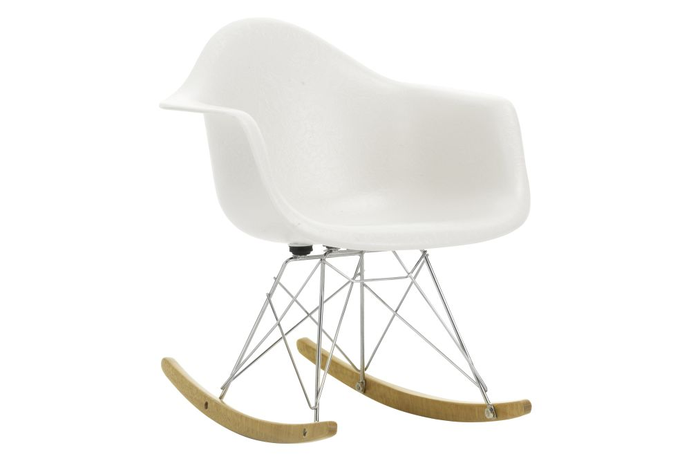https://res.cloudinary.com/clippings/image/upload/t_big/dpr_auto,f_auto,w_auto/v1565086540/products/miniature-rar-chair-vitra-eames-clippings-11278820.jpg