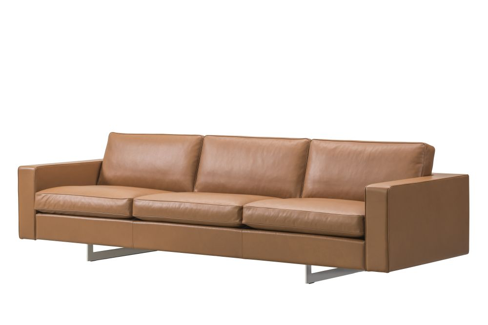 https://res.cloudinary.com/clippings/image/upload/t_big/dpr_auto,f_auto,w_auto/v1565103605/products/risom-65-sofa-3-seater-metal-base-fredericia-jens-risom-clippings-11279074.jpg