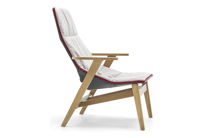 https://res.cloudinary.com/clippings/image/upload/t_big/dpr_auto,f_auto,w_auto/v1565175700/products/ace-armchair-with-armrest-wooden-base-pricegrp-g2-matt-oak-red-without-viccarbe-jean-marie-massaud-clippings-11274995.jpg