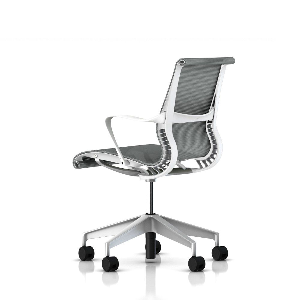 https://res.cloudinary.com/clippings/image/upload/t_big/dpr_auto,f_auto,w_auto/v1565277828/products/setu-conference-chair-herman-miller-studio75-clippings-11281648.jpg