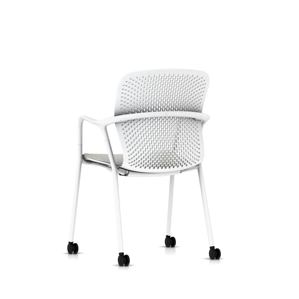 https://res.cloudinary.com/clippings/image/upload/t_big/dpr_auto,f_auto,w_auto/v1565278670/products/keyn-side-chair-four-legs-with-casters-herman-miller-forpeople-clippings-11281659.jpg