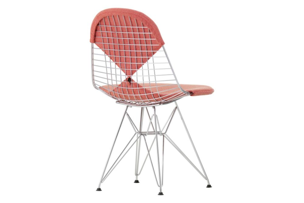 https://res.cloudinary.com/clippings/image/upload/t_big/dpr_auto,f_auto,w_auto/v1565353314/products/dkr-2-wire-dining-chair-vitra-charles-ray-eames-clippings-11282578.jpg