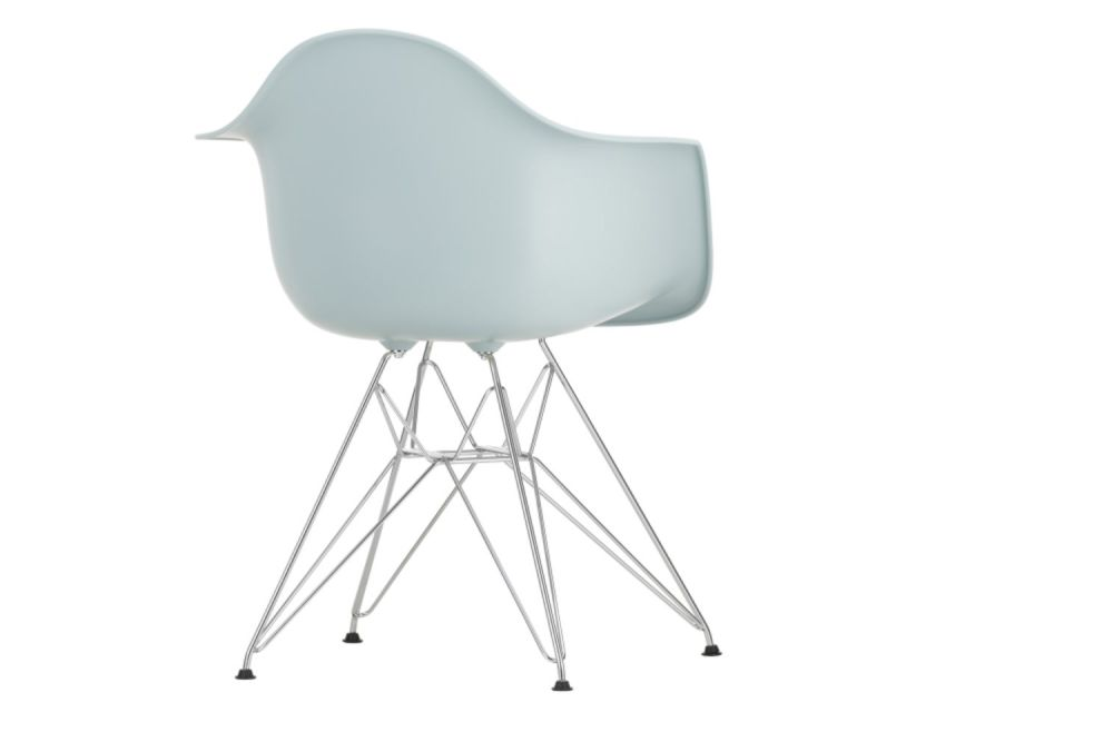 https://res.cloudinary.com/clippings/image/upload/t_big/dpr_auto,f_auto,w_auto/v1565361074/products/dar-armchair-vitra-charles-ray-eames-clippings-11282734.jpg