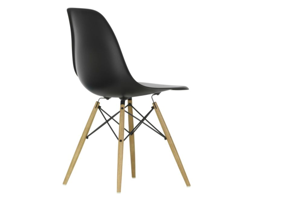 https://res.cloudinary.com/clippings/image/upload/t_big/dpr_auto,f_auto,w_auto/v1565362153/products/dsw-side-chair-vitra-charles-ray-eames-clippings-11282746.jpg