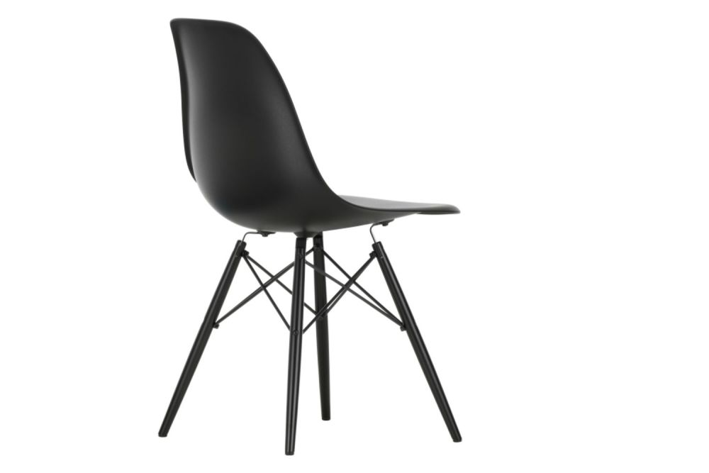 https://res.cloudinary.com/clippings/image/upload/t_big/dpr_auto,f_auto,w_auto/v1565362162/products/dsw-side-chair-vitra-charles-ray-eames-clippings-11282748.jpg