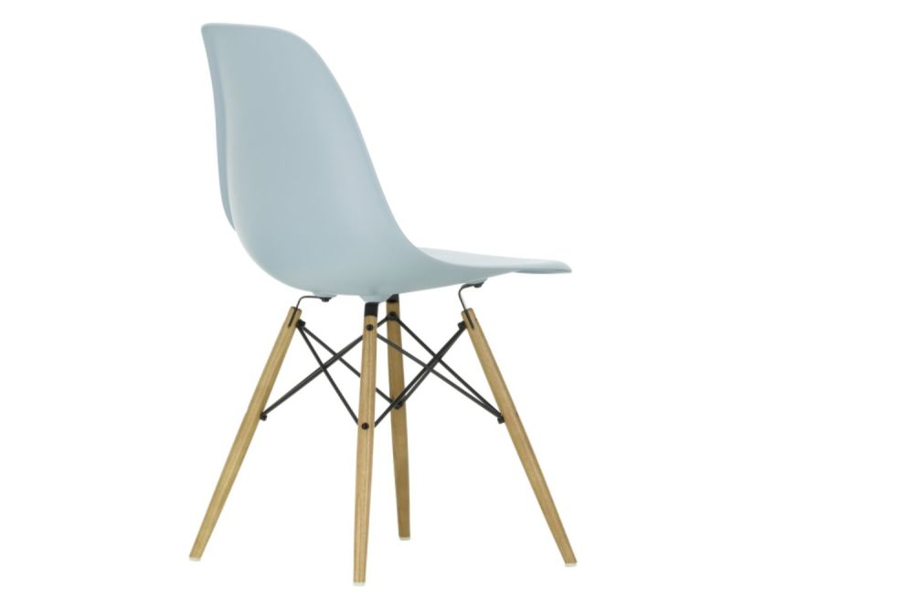 https://res.cloudinary.com/clippings/image/upload/t_big/dpr_auto,f_auto,w_auto/v1565362172/products/dsw-side-chair-vitra-charles-ray-eames-clippings-11282751.jpg