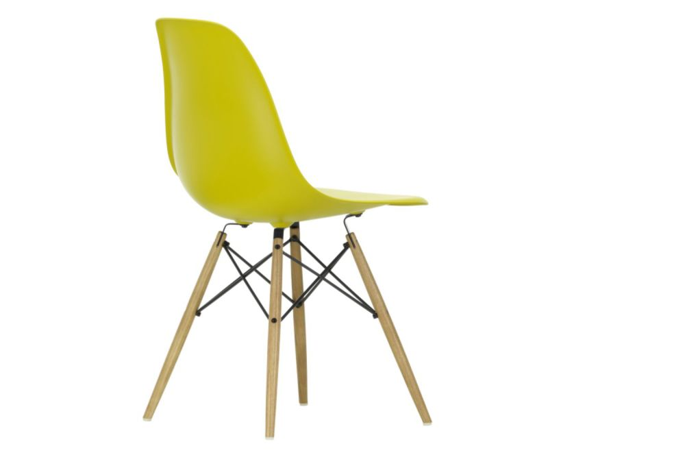 https://res.cloudinary.com/clippings/image/upload/t_big/dpr_auto,f_auto,w_auto/v1565362180/products/dsw-side-chair-vitra-charles-ray-eames-clippings-11282754.jpg