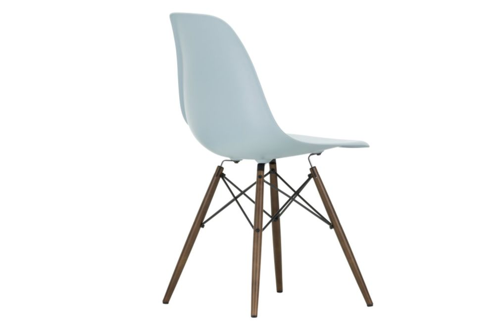 https://res.cloudinary.com/clippings/image/upload/t_big/dpr_auto,f_auto,w_auto/v1565362181/products/dsw-side-chair-vitra-charles-ray-eames-clippings-11282755.jpg