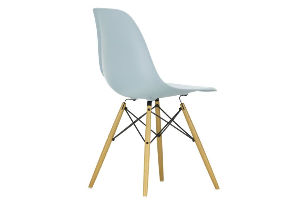 https://res.cloudinary.com/clippings/image/upload/t_big/dpr_auto,f_auto,w_auto/v1565362214/products/dsw-side-chair-vitra-charles-ray-eames-clippings-11282761.jpg