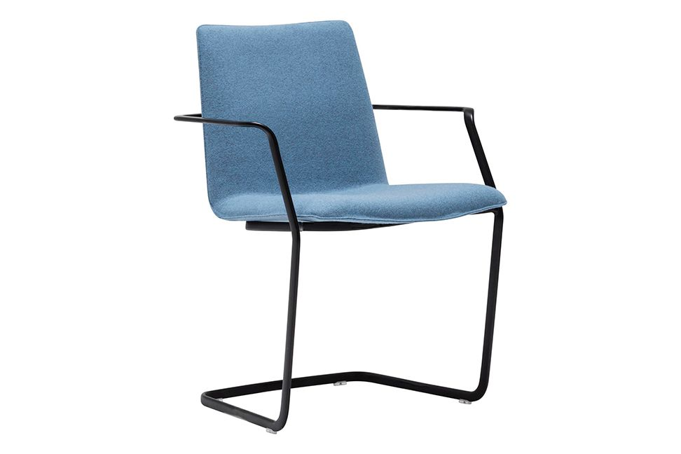 https://res.cloudinary.com/clippings/image/upload/t_big/dpr_auto,f_auto,w_auto/v1566207891/products/flex-corporate-cantilever-base-armchair-with-upholstered-shell-pad-andreu-world-jacquard-one-thermo-polymer-6000-polished-chrome-steel-andreu-world-piergiorgio-cazzaniga-clippings-11285739.jpg