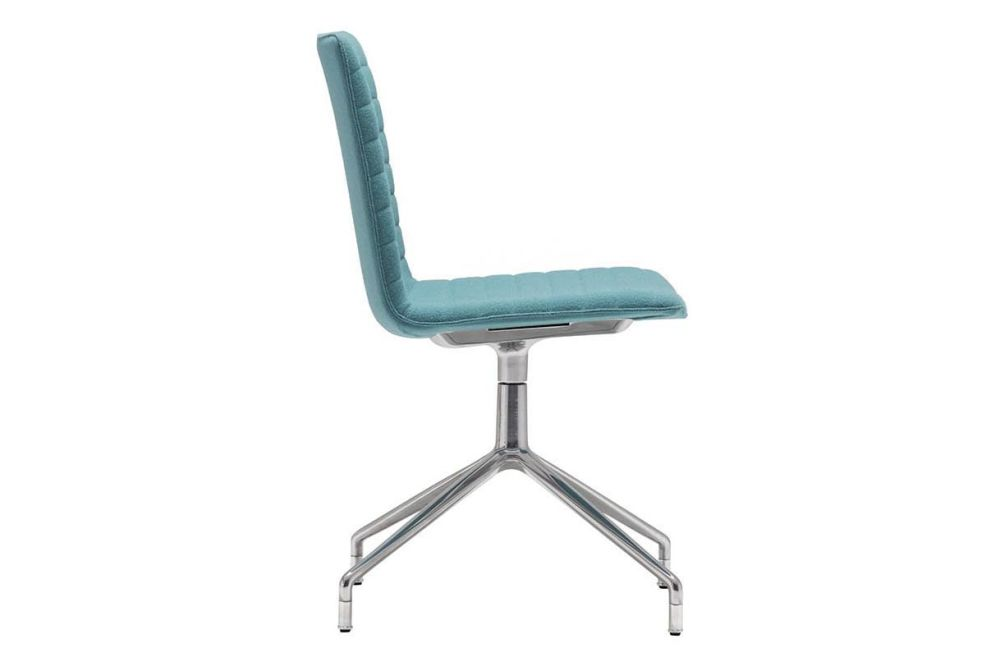 https://res.cloudinary.com/clippings/image/upload/t_big/dpr_auto,f_auto,w_auto/v1566209669/products/flex-corporate-4-star-swivel-base-chair-with-fully-upholstered-seat-andreu-world-piergiorgio-cazzaniga-clippings-11285832.jpg