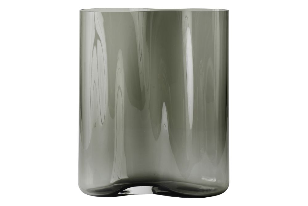 https://res.cloudinary.com/clippings/image/upload/t_big/dpr_auto,f_auto,w_auto/v1566574433/products/aer-smoke-vase-menu-gabriel-tan-clippings-11287836.jpg