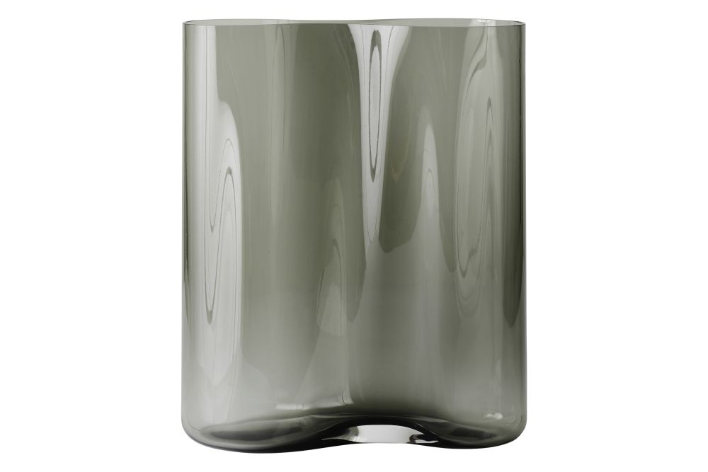 https://res.cloudinary.com/clippings/image/upload/t_big/dpr_auto,f_auto,w_auto/v1566574433/products/aer-smoke-vase-menu-gabriel-tan-clippings-11287837.jpg