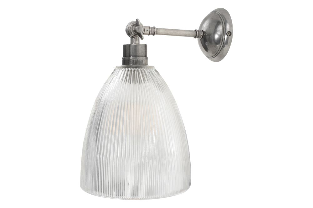https://res.cloudinary.com/clippings/image/upload/t_big/dpr_auto,f_auto,w_auto/v1566978184/products/hale-wall-light-mullan-lighting-clippings-11288853.jpg