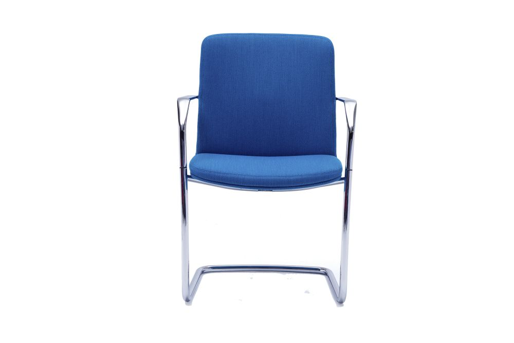 https://res.cloudinary.com/clippings/image/upload/t_big/dpr_auto,f_auto,w_auto/v1567144564/products/calder-cantilever-base-chair-orangebox-clippings-11292702.jpg