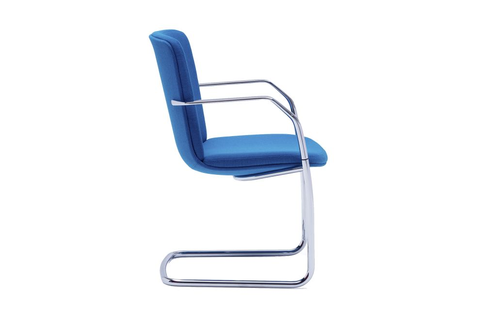 https://res.cloudinary.com/clippings/image/upload/t_big/dpr_auto,f_auto,w_auto/v1567145359/products/calder-cantilever-base-chair-orangebox-clippings-11292703.jpg
