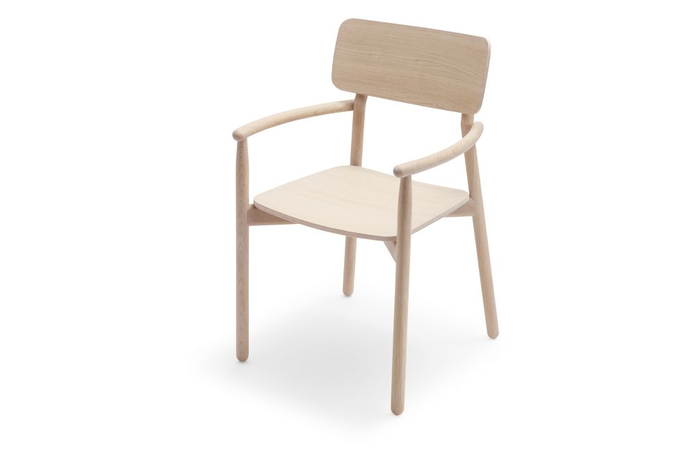 https://res.cloudinary.com/clippings/image/upload/t_big/dpr_auto,f_auto,w_auto/v1567416205/products/hven-armchair-skagerak-anton-bj%C3%B6rsing-clippings-11293311.jpg