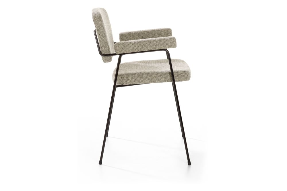https://res.cloudinary.com/clippings/image/upload/t_big/dpr_auto,f_auto,w_auto/v1567752536/products/moulin-4-legged-steel-base-chair-with-arms-artifort-pierre-paulin-clippings-11298073.jpg