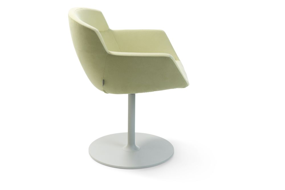 https://res.cloudinary.com/clippings/image/upload/t_big/dpr_auto,f_auto,w_auto/v1567763675/products/mood-active-disc-base-armchair-artifort-ren%C3%A9-holten-clippings-11298120.jpg