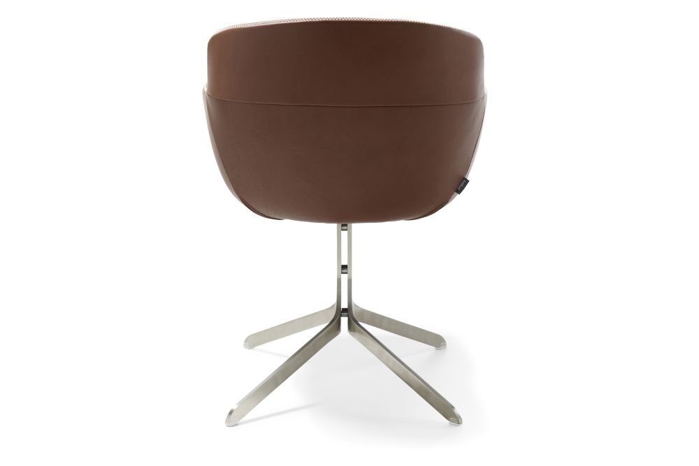 https://res.cloudinary.com/clippings/image/upload/t_big/dpr_auto,f_auto,w_auto/v1568016360/products/mood-active-4-star-non-swivel-base-armchair-artifort-ren%C3%A9-holten-clippings-11298257.jpg