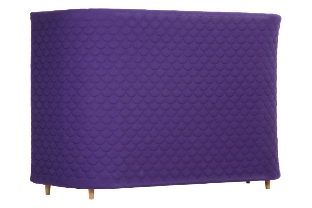 https://res.cloudinary.com/clippings/image/upload/t_big/dpr_auto,f_auto,w_auto/v1568184754/products/cloud-sofa-3-seater-with-quilted-high-backrest-naughtone-clippings-11299482.jpg