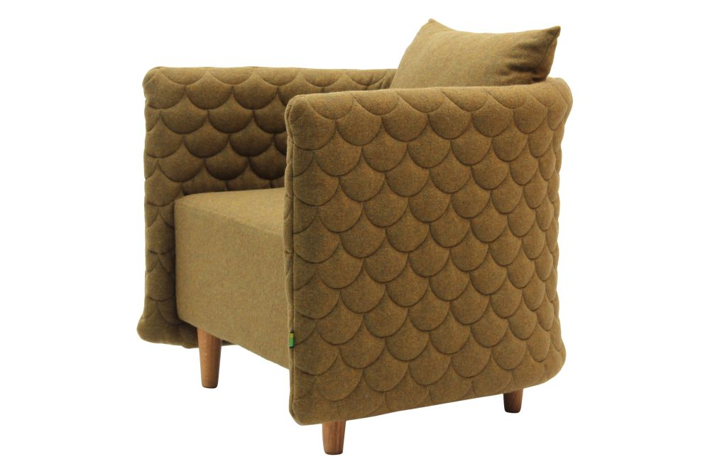 https://res.cloudinary.com/clippings/image/upload/t_big/dpr_auto,f_auto,w_auto/v1568187834/products/cloud-armchair-with-quilted-low-backrest-naughtone-clippings-11299566.jpg