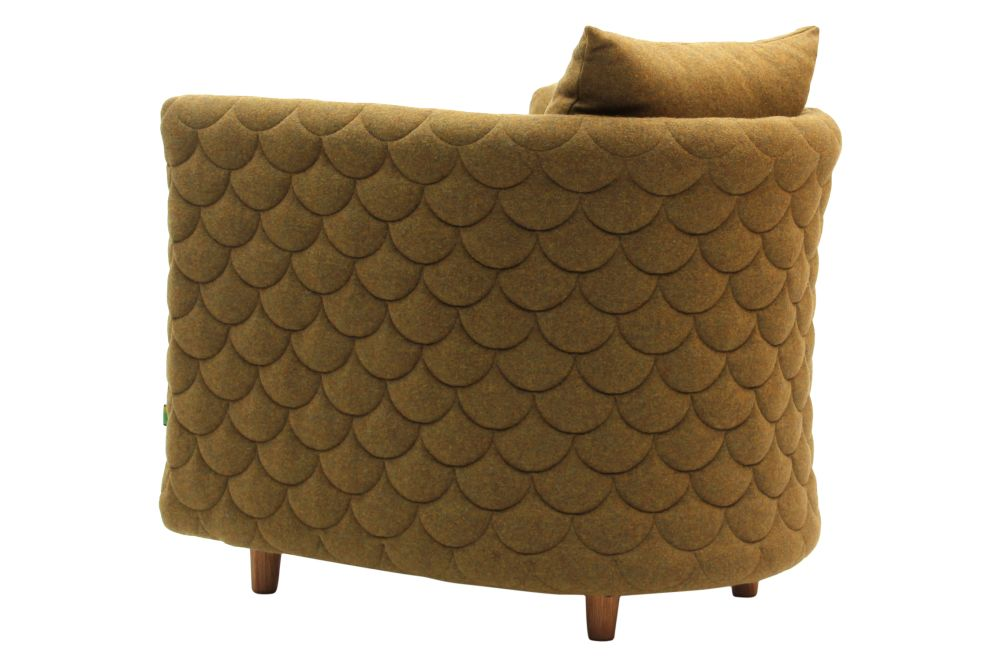https://res.cloudinary.com/clippings/image/upload/t_big/dpr_auto,f_auto,w_auto/v1568187848/products/cloud-armchair-with-quilted-low-backrest-naughtone-clippings-11299571.jpg