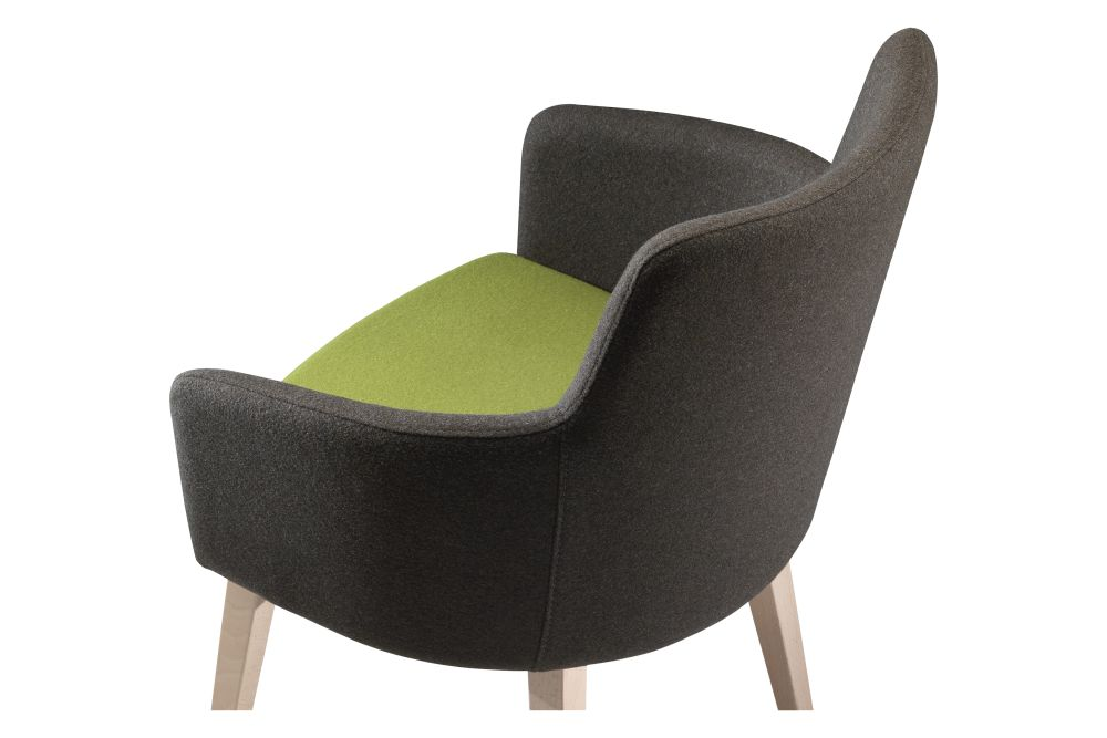 https://res.cloudinary.com/clippings/image/upload/t_big/dpr_auto,f_auto,w_auto/v1568269712/products/marka-570-bicolour-chair-et-al-carlo-bimbi-clippings-11300471.jpg