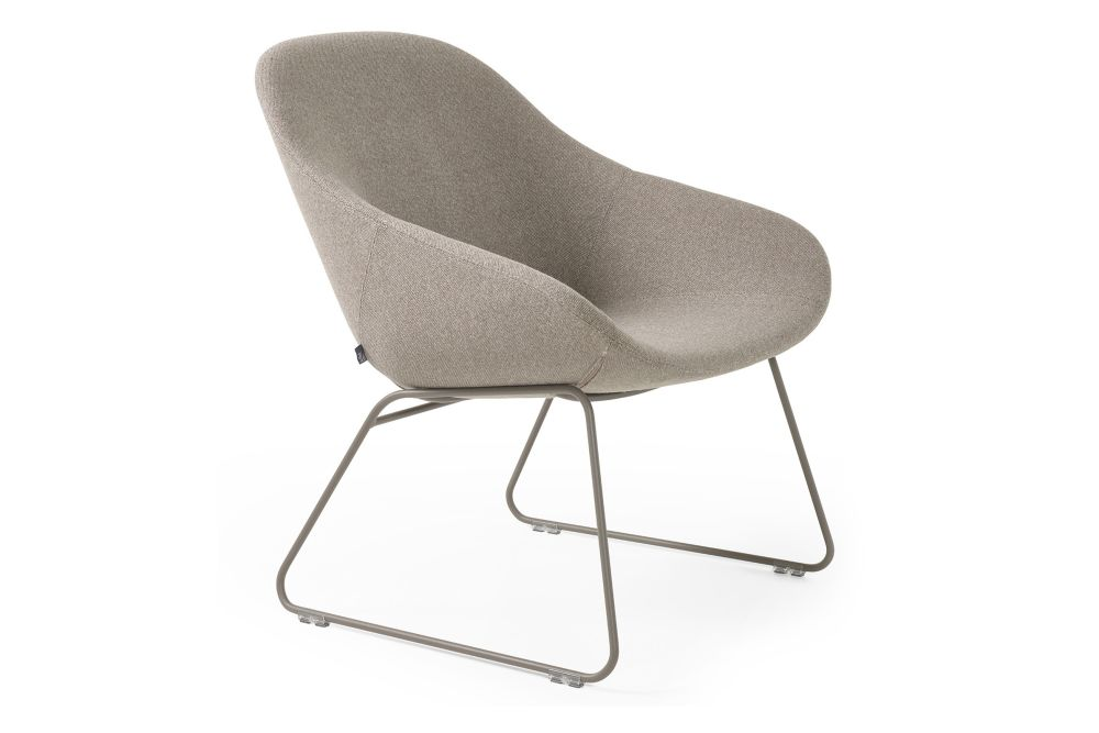 https://res.cloudinary.com/clippings/image/upload/t_big/dpr_auto,f_auto,w_auto/v1568277485/products/beso-sled-base-lounge-armchair-main-line-flax-powder-coat-artifort-khodi-feiz-clippings-11300555.jpg