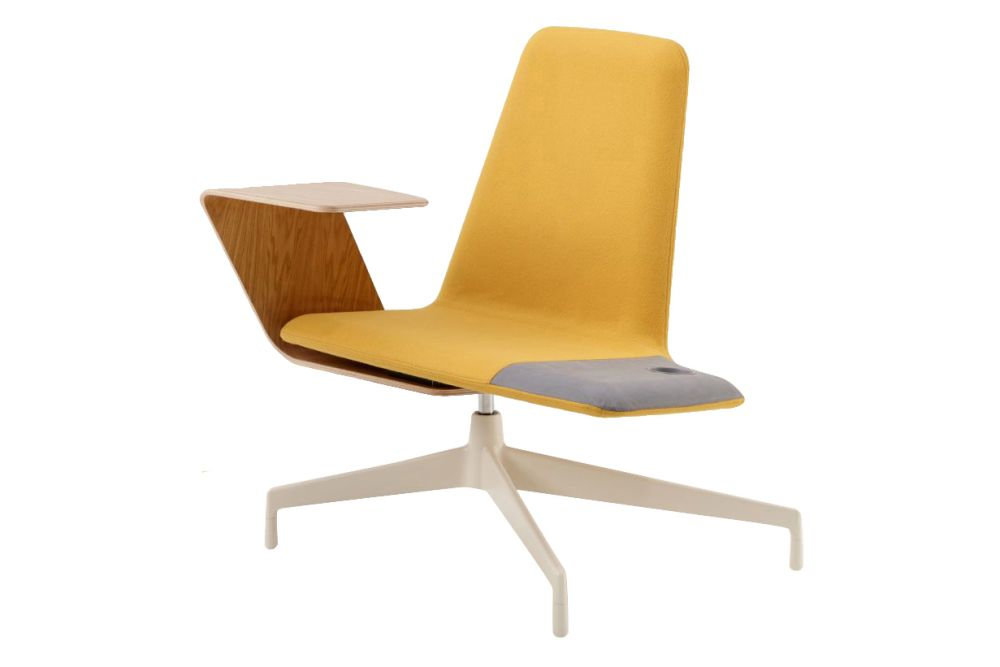 https://res.cloudinary.com/clippings/image/upload/t_big/dpr_auto,f_auto,w_auto/v1568613952/products/harbor-work-lounge-chair-with-wood-tablet-haworth-nicolai-czumaj-bront-clippings-11301414.jpg