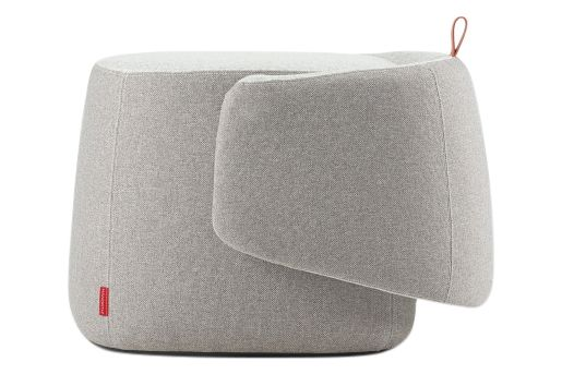 https://res.cloudinary.com/clippings/image/upload/t_big/dpr_auto,f_auto,w_auto/v1568628524/products/openest-chick-pouf-small-square-with-backrest-haworth-patricia-urquiola-clippings-11301557.jpg
