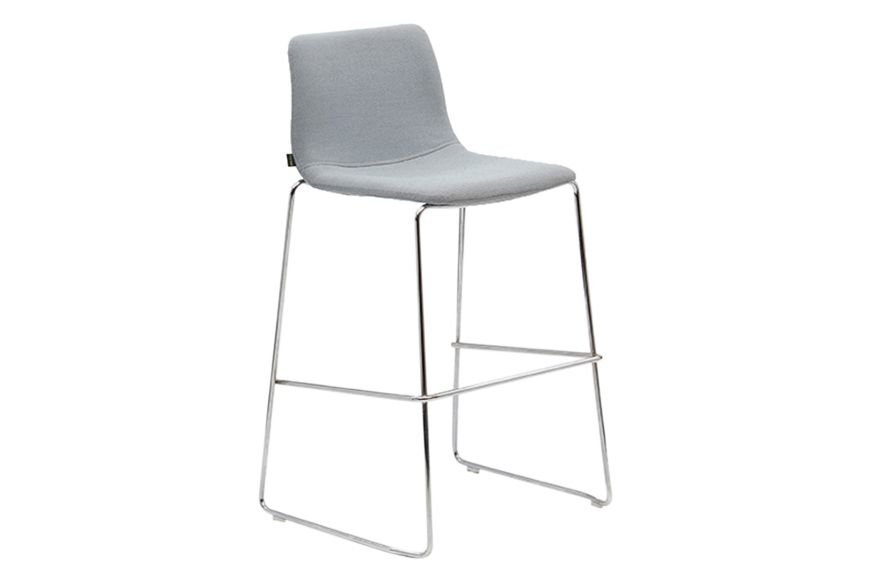 https://res.cloudinary.com/clippings/image/upload/t_big/dpr_auto,f_auto,w_auto/v1568629093/products/viv-barstool-with-sled-base-naughtone-naughtone-clippings-11301583.jpg
