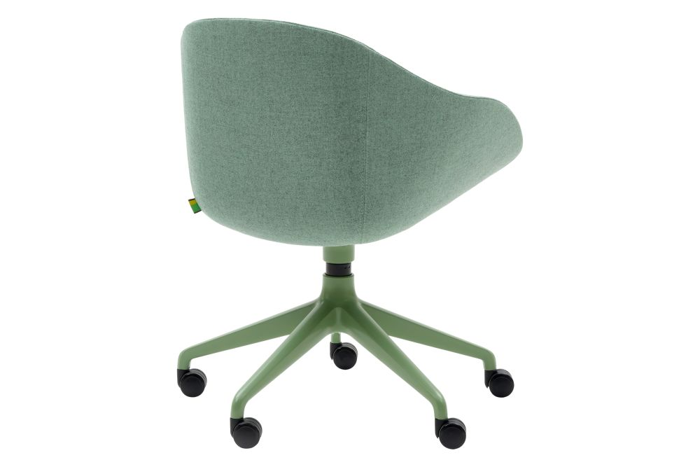 https://res.cloudinary.com/clippings/image/upload/t_big/dpr_auto,f_auto,w_auto/v1568646693/products/always-chair-with-5-star-base-on-castors-naughtone-clippings-11300248.jpg