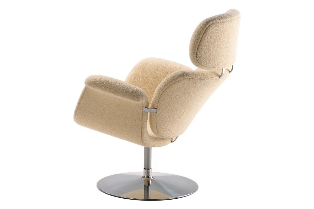 https://res.cloudinary.com/clippings/image/upload/t_big/dpr_auto,f_auto,w_auto/v1568773970/products/tulip-swivel-disc-base-lounge-chair-artifort-pierre-paulin-clippings-11302169.jpg