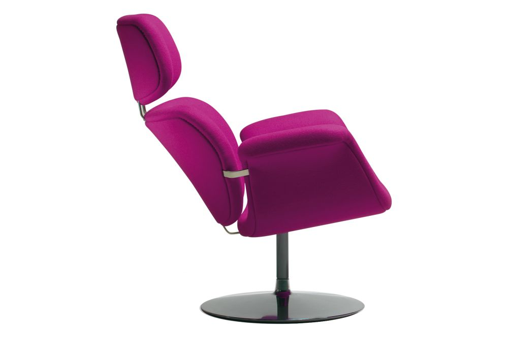 https://res.cloudinary.com/clippings/image/upload/t_big/dpr_auto,f_auto,w_auto/v1568773992/products/tulip-swivel-disc-base-lounge-chair-artifort-pierre-paulin-clippings-11302170.jpg
