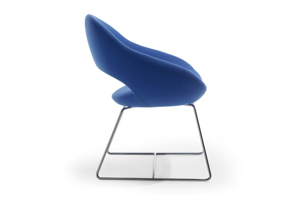 https://res.cloudinary.com/clippings/image/upload/t_big/dpr_auto,f_auto,w_auto/v1568801071/products/shark-sled-base-chair-artifort-ren%C3%A9-holten-clippings-11302368.jpg