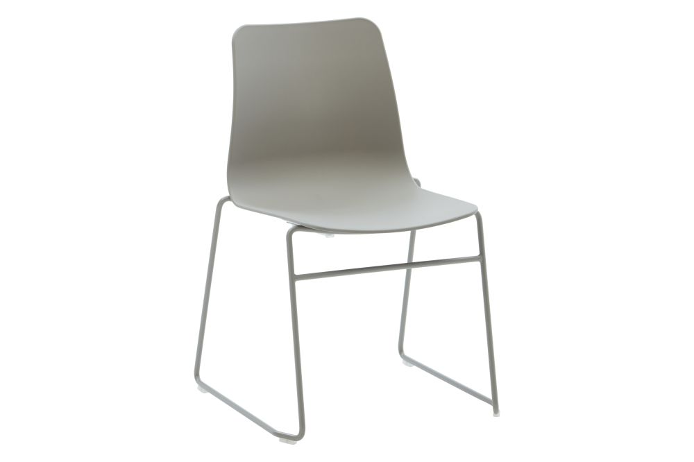 https://res.cloudinary.com/clippings/image/upload/t_big/dpr_auto,f_auto,w_auto/v1568802836/products/polly-chair-with-sled-base-naughtone-clippings-11302412.jpg