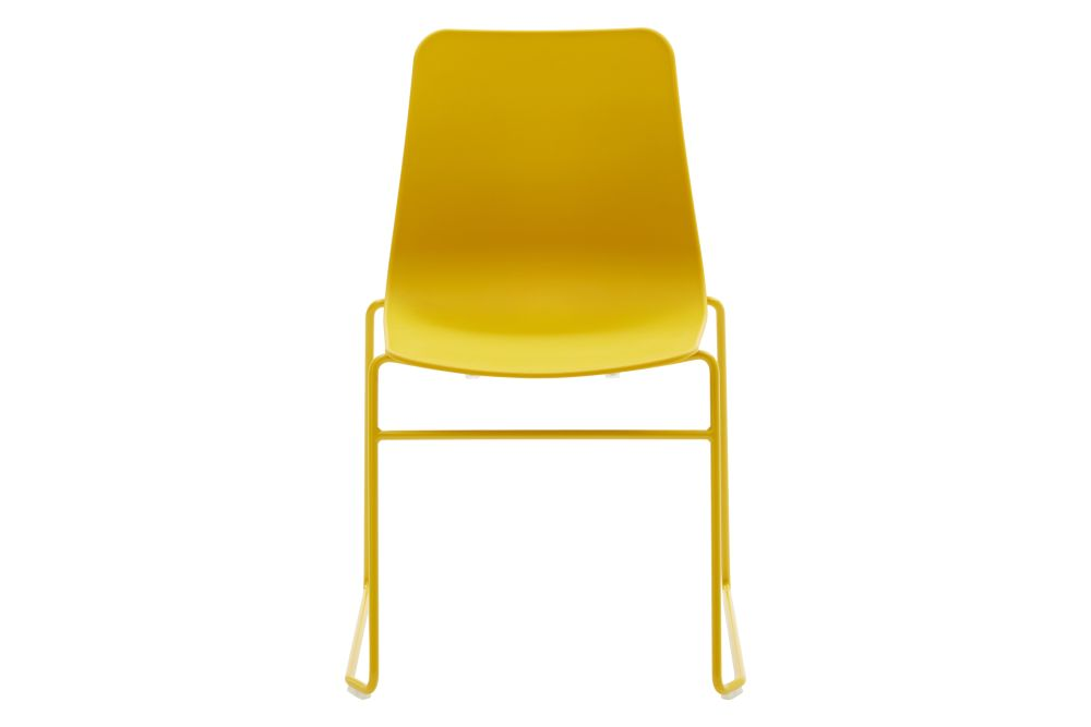 https://res.cloudinary.com/clippings/image/upload/t_big/dpr_auto,f_auto,w_auto/v1568802873/products/polly-chair-with-sled-base-naughtone-clippings-11302427.jpg