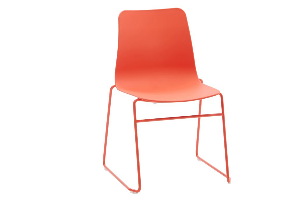 https://res.cloudinary.com/clippings/image/upload/t_big/dpr_auto,f_auto,w_auto/v1568802880/products/polly-chair-with-sled-base-naughtone-clippings-11302428.jpg