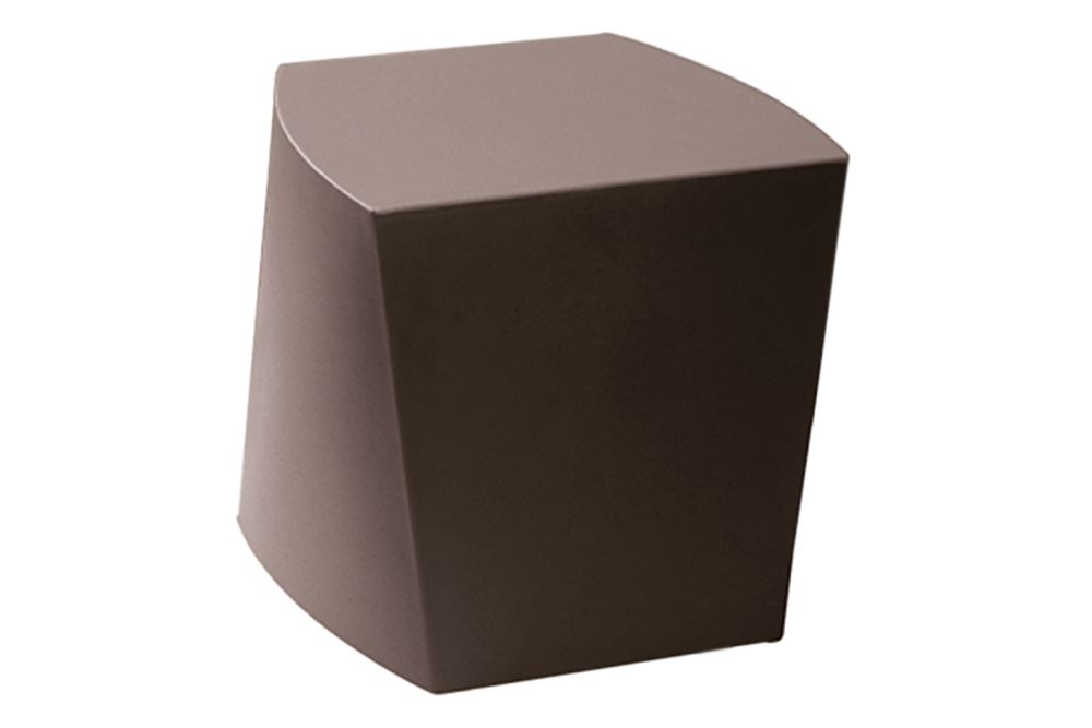 https://res.cloudinary.com/clippings/image/upload/t_big/dpr_auto,f_auto,w_auto/v1568876052/products/boom-p0008-pouf-ral-8017-chocolate-brown-et-al-emilio-nanni-clippings-11288404.jpg