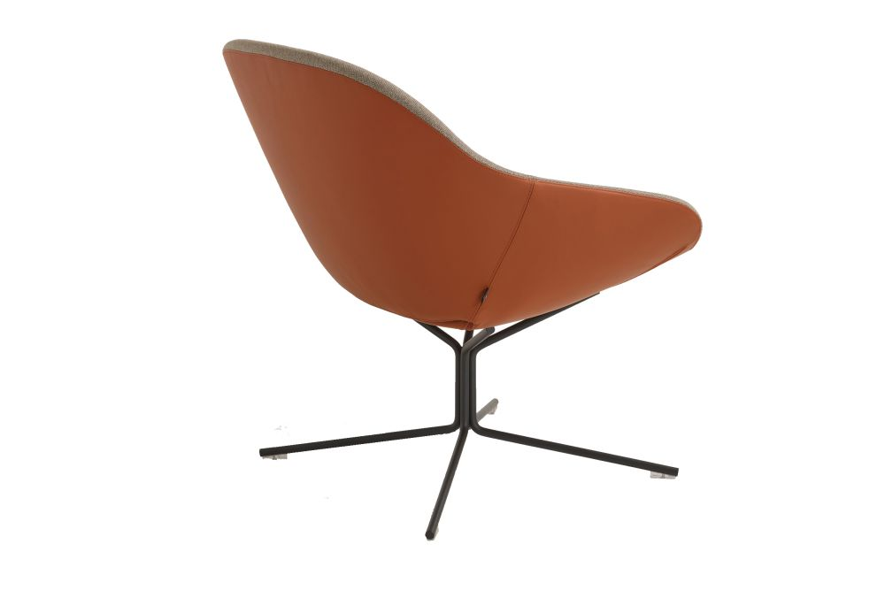 https://res.cloudinary.com/clippings/image/upload/t_big/dpr_auto,f_auto,w_auto/v1568881481/products/beso-4-star-non-swivel-base-lounge-chair-artifort-khodi-feiz-clippings-11302635.jpg