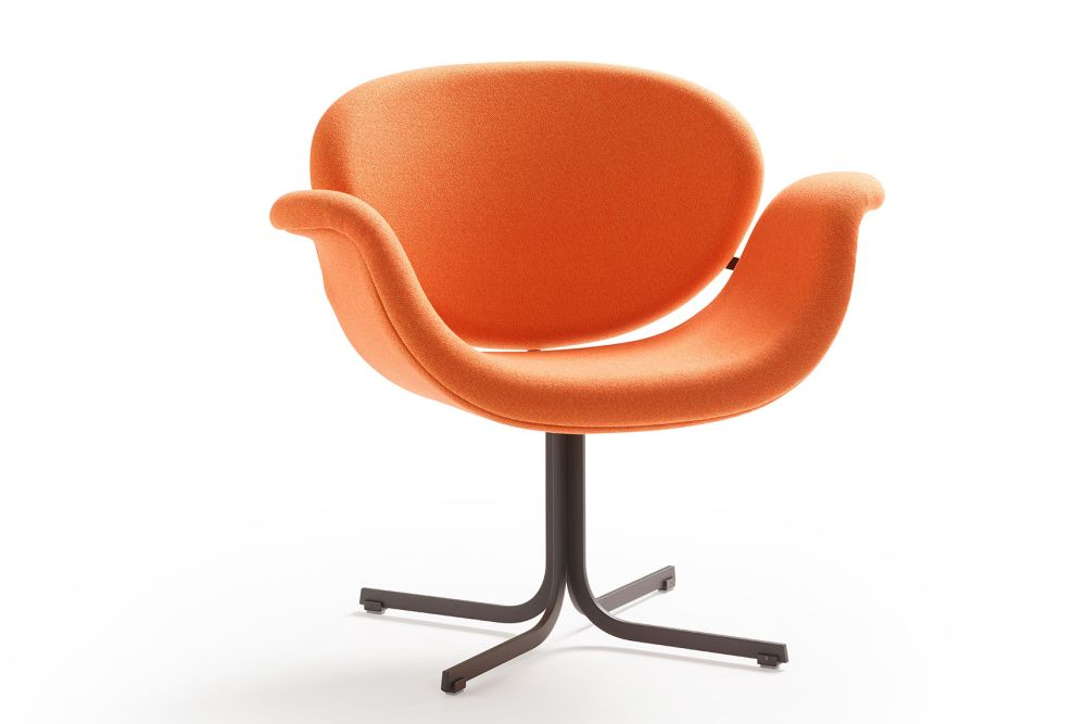 https://res.cloudinary.com/clippings/image/upload/t_big/dpr_auto,f_auto,w_auto/v1568882752/products/tulip-midi-cross-base-armchair-artifort-pierre-paulin-clippings-11302648.jpg