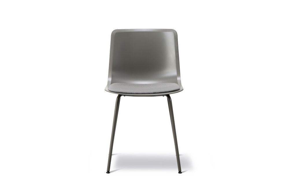 https://res.cloudinary.com/clippings/image/upload/t_big/dpr_auto,f_auto,w_auto/v1568905178/products/pato-4-leg-center-tube-base-seat-upholstered-fredericia-wellingludvik-clippings-11302768.jpg