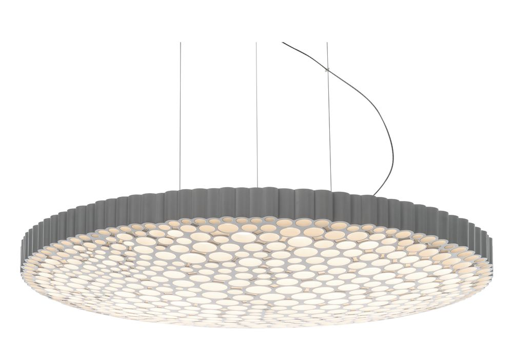 https://res.cloudinary.com/clippings/image/upload/t_big/dpr_auto,f_auto,w_auto/v1569410268/products/calipso-pendant-light-artemide-neil-poulton-clippings-11305179.jpg