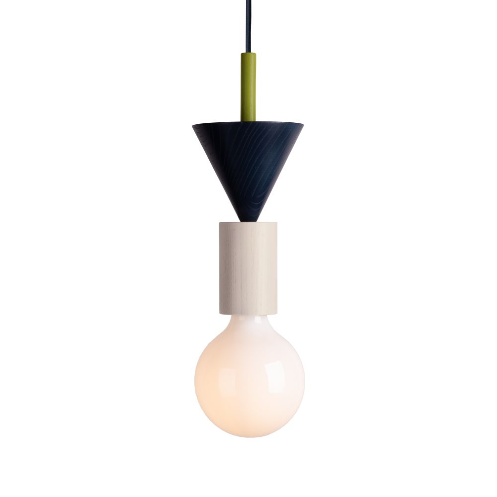 https://res.cloudinary.com/clippings/image/upload/t_big/dpr_auto,f_auto,w_auto/v1570437526/products/junit-lamp-omen-schneid-julia-jessen-and-niklas-jessen-clippings-11313465.jpg