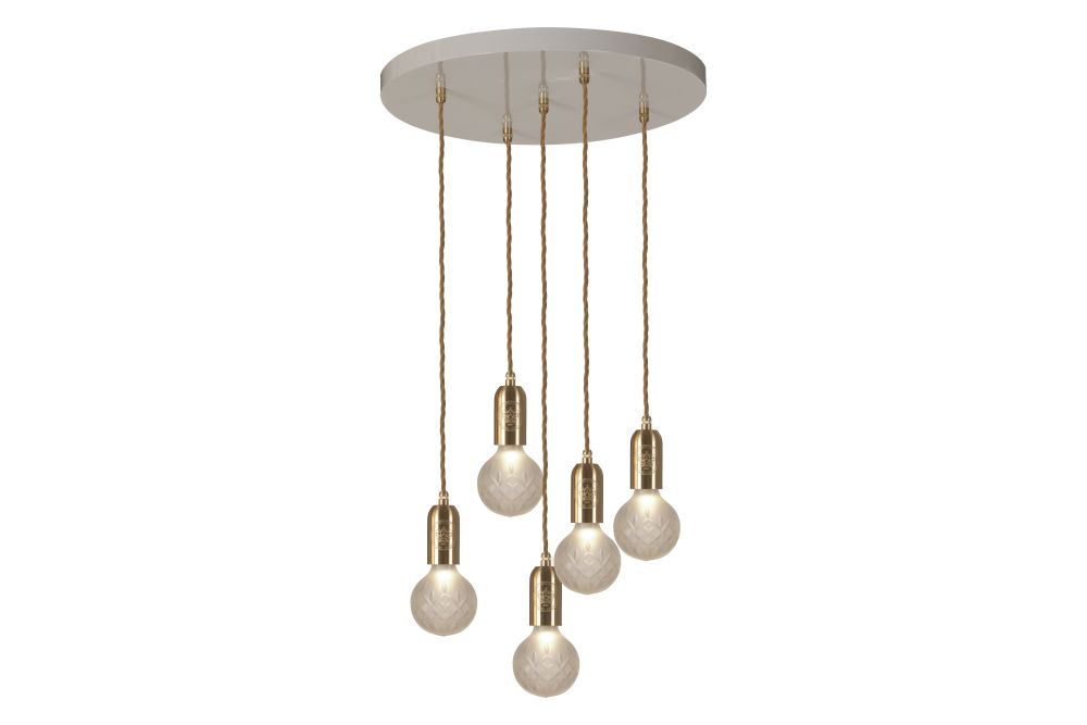 https://res.cloudinary.com/clippings/image/upload/t_big/dpr_auto,f_auto,w_auto/v1570447381/products/crystal-5-bulb-chandelier-lee-broom-clippings-11313565.jpg